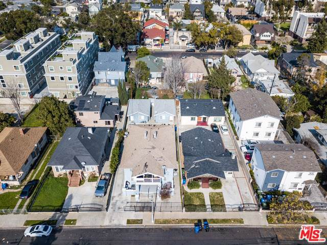 1161 W 37TH Drive, Los Angeles (City), CA 90007 (#20547720) :: Sperry Residential Group