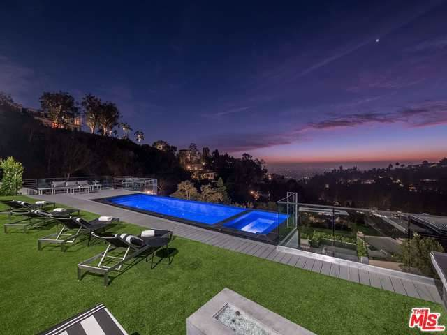 9459 Beverly Crest Drive, Beverly Hills, CA 90210 (#20547520) :: Sperry Residential Group