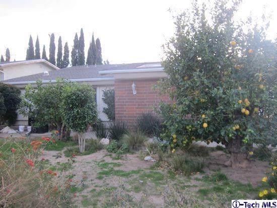 13165 Whistler Avenue, Granada Hills, CA 91344 (#320000341) :: Fred Sed Group