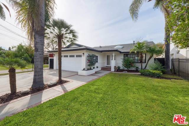 5145 Bluebell Avenue, North Hollywood, CA 91607 (#20546774) :: RE/MAX Estate Properties