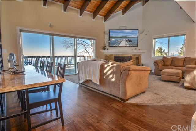 31321 Old City Creek Road, Running Springs, CA 92382 (#EV20018631) :: The Houston Team | Compass