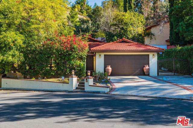 4808 Excelente Drive, Woodland Hills, CA 91364 (#20547292) :: Sperry Residential Group
