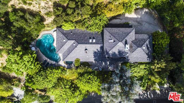 9545 Hidden Valley Road, Beverly Hills, CA 90210 (#20547816) :: Sperry Residential Group