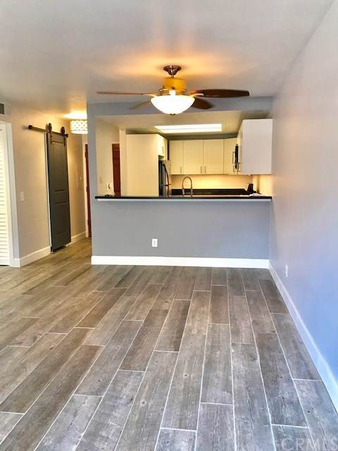 645 Chestnut Avenue #101, Long Beach, CA 90802 (#PW20018299) :: Doherty Real Estate Group