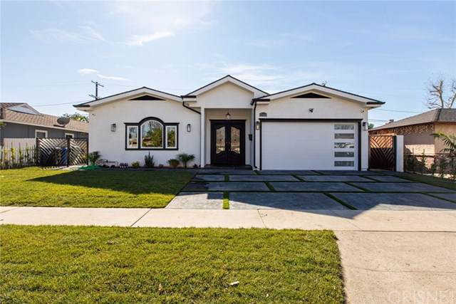 17446 Cohasset Street, Lake Balboa, CA 91406 (#SR20018682) :: Provident Real Estate