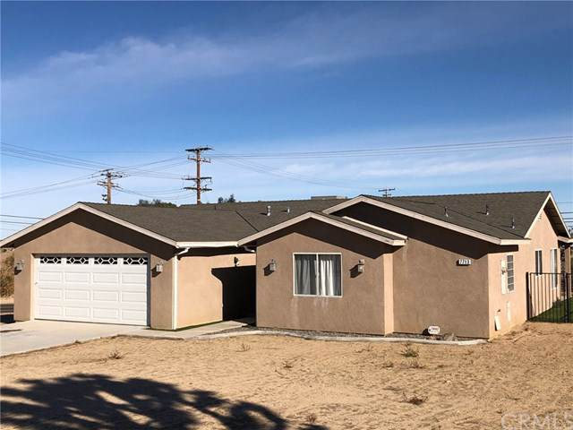 7713 Barberry Avenue, Yucca Valley, CA 92284 (#JT20018762) :: Allison James Estates and Homes