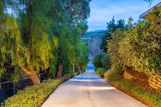 28252 Foothill Drive, Agoura Hills, CA 91301 (#220000979) :: eXp Realty of California Inc.