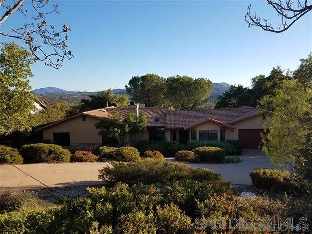 24435 Rutherford Rd., Ramona, CA 92065 (#200004469) :: The Houston Team | Compass