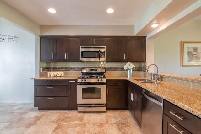 359 Desert Falls Drive E, Palm Desert, CA 92211 (#219037738DA) :: Rogers Realty Group/Berkshire Hathaway HomeServices California Properties