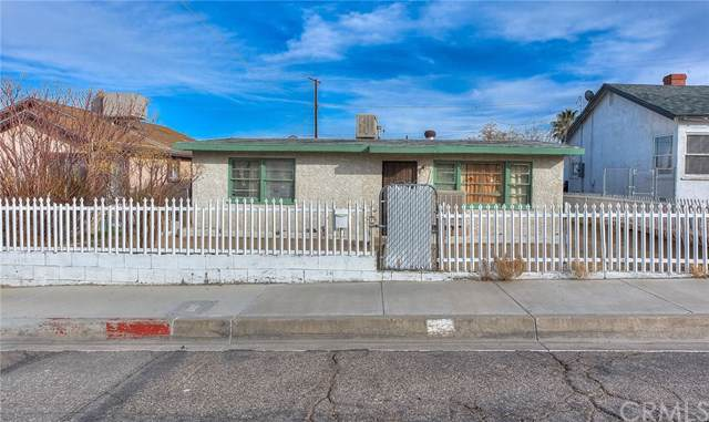 413 Wilshire Place, Barstow, CA 92311 (#CV20019534) :: Sperry Residential Group