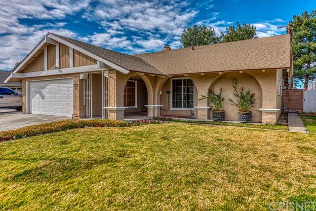 27539 Glasser Avenue, Canyon Country, CA 91351 (#SR20019446) :: A|G Amaya Group Real Estate