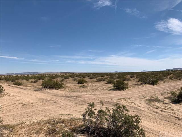 0 Twin Lakes Road, Newberry Springs, CA 92365 (#IV20019447) :: RE/MAX Masters