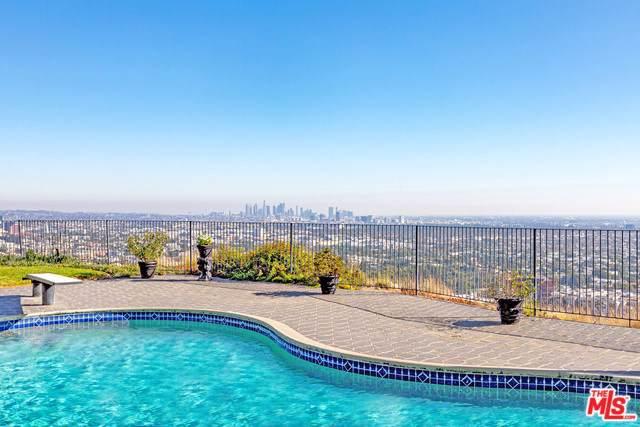 8200 Hillside Avenue, Los Angeles (City), CA 90069 (#20548256) :: RE/MAX Estate Properties