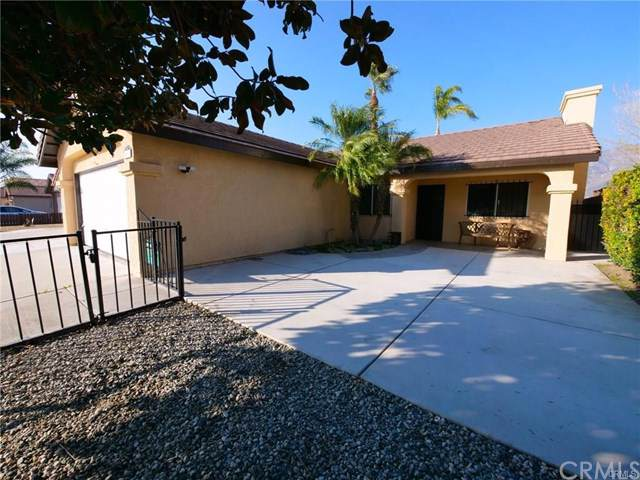 543 Cypress Avenue, San Jacinto, CA 92583 (#IG20020052) :: Allison James Estates and Homes