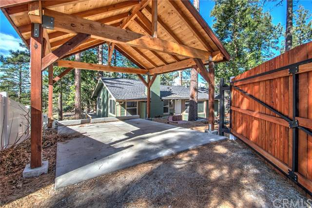 24815 Logan Creek Road, Idyllwild, CA 92549 (#SW20021057) :: RE/MAX Masters