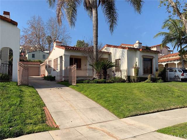 4235 Angeles Vista Boulevard, View Park, CA 90008 (#PW20020985) :: Rogers Realty Group/Berkshire Hathaway HomeServices California Properties