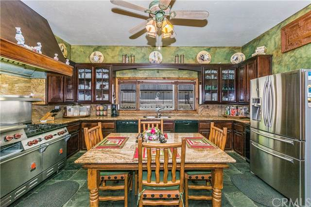 790 St Hwy 2, Wrightwood, CA 92397 (#IV20014709) :: The Brad Korb Real Estate Group