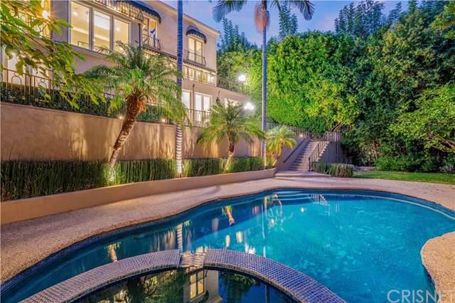2501 Bowmont Drive, Beverly Hills, CA 90210 (#SR20022143) :: Veléz & Associates