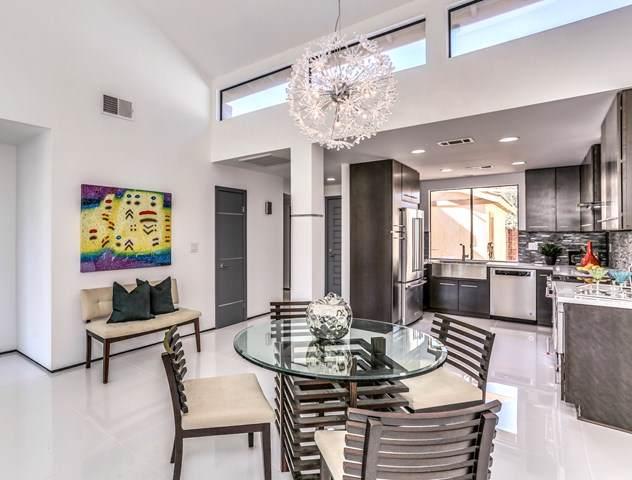 104 Castellana W, Palm Desert, CA 92260 (#219037991DA) :: Z Team OC Real Estate