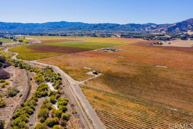 6150 Highland Springs Road, Lakeport, CA 95453 (#LC20022327) :: Twiss Realty