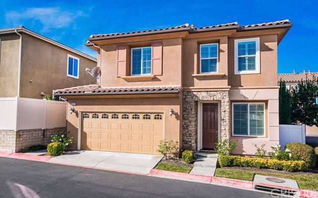26023 Lindale Place, Newhall, CA 91350 (#SR20021332) :: Allison James Estates and Homes
