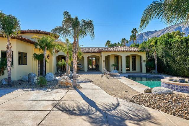 695 Racquet Club Road, Palm Springs, CA 92262 (#219038105PS) :: RE/MAX Masters
