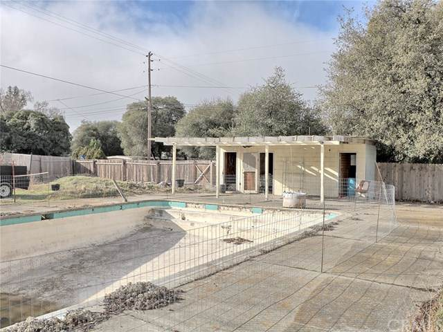 2993 5th Street, Clearlake, CA 95422 (#LC20020742) :: Cal American Realty
