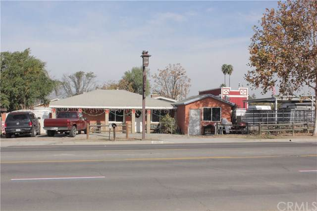 1043 6th Street, Norco, CA 92860 (#OC20022226) :: Team Tami