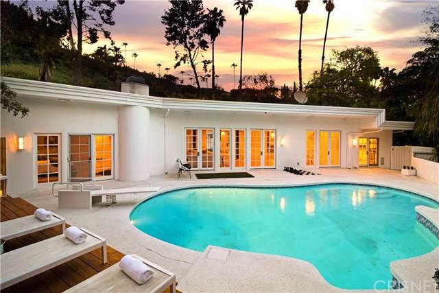 15536 High Knoll Road, Encino, CA 91436 (#SR20023848) :: Berkshire Hathaway HomeServices California Properties
