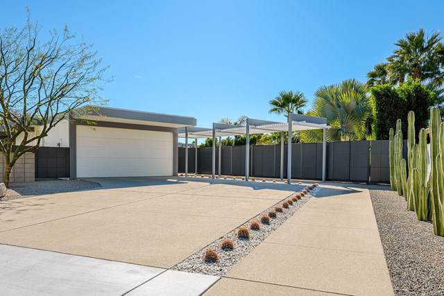 1155 Granvia Valmonte, Palm Springs, CA 92262 (#219038239PS) :: RE/MAX Masters