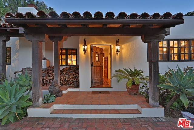 549 Hot Springs Road, Santa Barbara, CA 93108 (#20550586) :: RE/MAX Masters