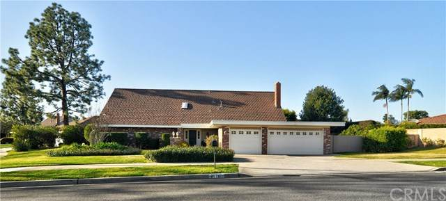 13871 Glenmere Drive, North Tustin, CA 92705 (#PW20024516) :: RE/MAX Empire Properties