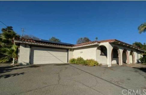 244 Avalon Drive, Vista, CA 92084 (#IV20025896) :: Crudo & Associates