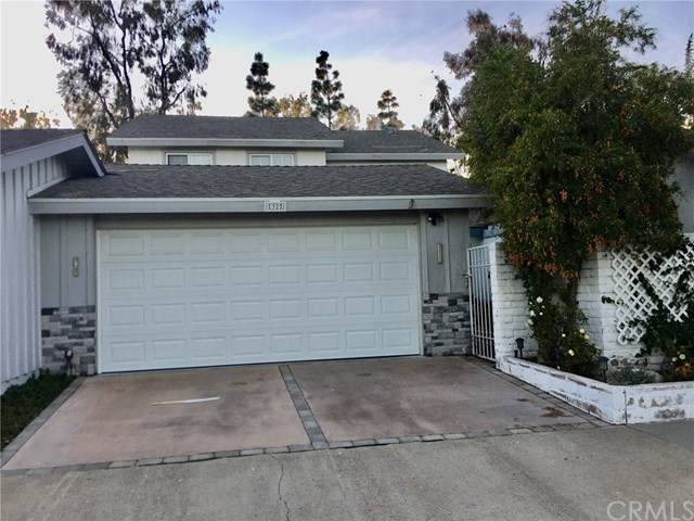 32 Bayberry Way, Irvine, CA 92612 (#OC20027416) :: Case Realty Group