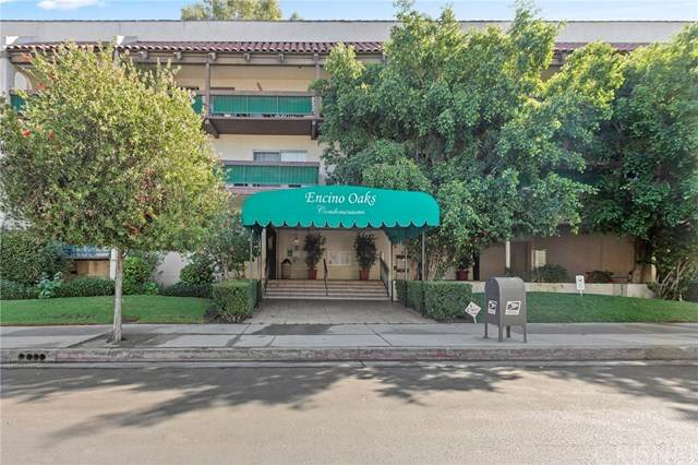 5460 White Oak Avenue E212, Encino, CA 91316 (#SR20027457) :: Berkshire Hathaway HomeServices California Properties