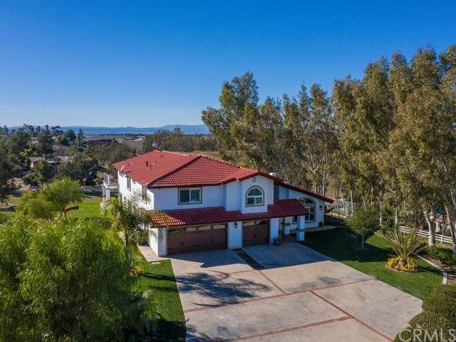 40825 Via Champagne, Temecula, CA 92592 (#ND20028375) :: Camargo & Wilson Realty Team