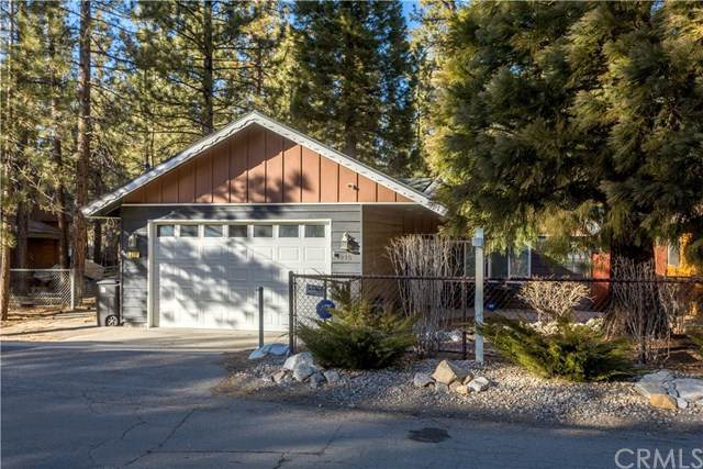 915 Sugarloaf Boulevard, Big Bear, CA 92314 (#EV20028367) :: RE/MAX Masters