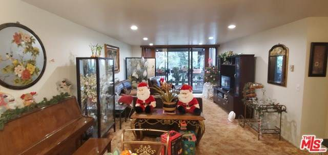 7765 W 91ST Street F2101, Playa Del Rey, CA 90293 (#20552258) :: Crudo & Associates