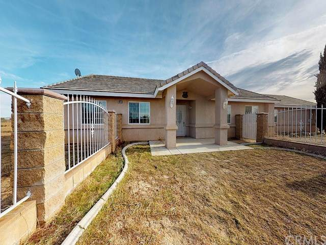 10625 Mesa Street, Oak Hills, CA 92344 (#AR20026115) :: The Brad Korb Real Estate Group