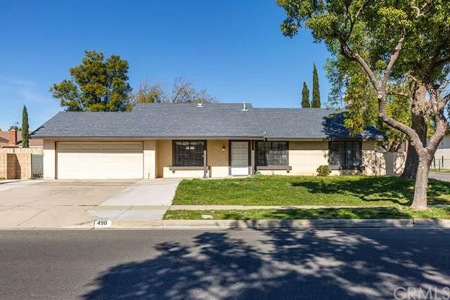 490 E Walnut Avenue, Rialto, CA 92376 (#CV20028373) :: Mainstreet Realtors®