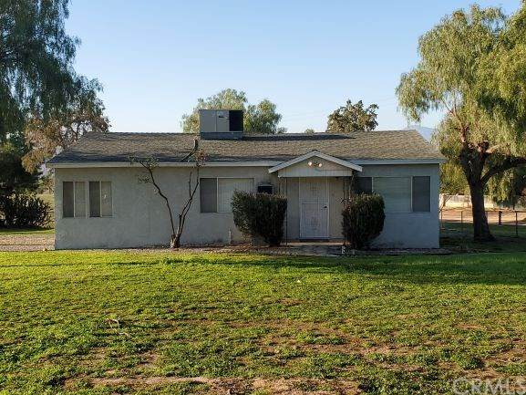 18880 Birch St., Mead Valley, CA 92570 (#IV20022930) :: RE/MAX Masters