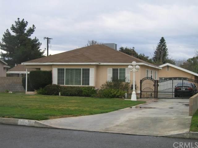 960 Grand Avenue, Colton, CA 92324 (#CV20029878) :: Twiss Realty