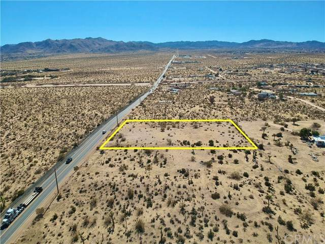 5938 Yucca Mesa Road, Yucca Valley, CA 92284 (#JT20029694) :: Allison James Estates and Homes