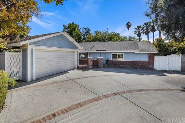 5727 Royal Hill Drive, Riverside, CA 92506 (#IV20031255) :: Team Tami