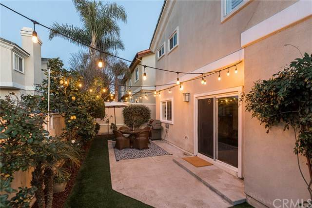 1817 Clark Lane B, Redondo Beach, CA 90278 (#SB20030318) :: The Costantino Group | Cal American Homes and Realty