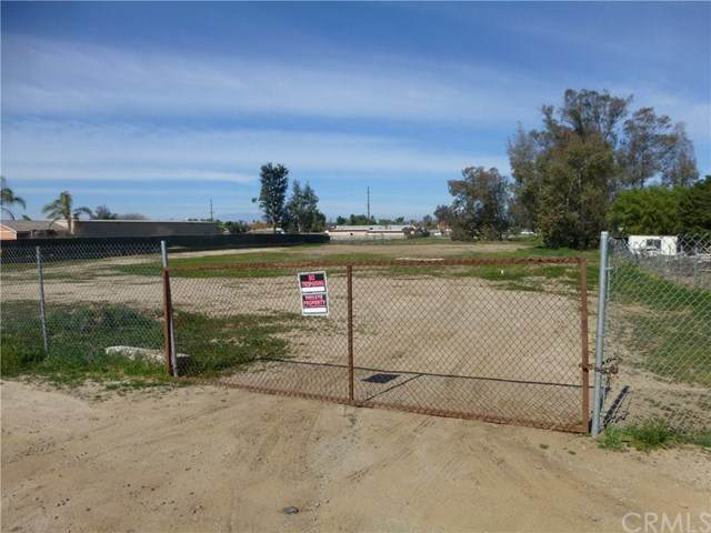 0 Elmwood, Mead Valley, CA 92570 (#IG20031552) :: RE/MAX Masters