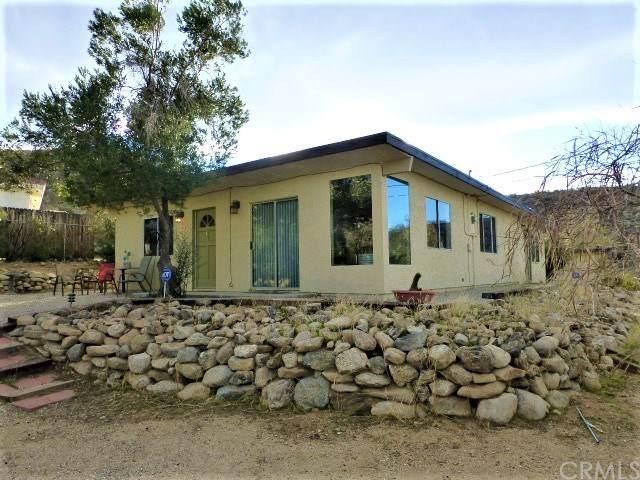 7912 Victor Vista Avenue, Yucca Valley, CA 92284 (#JT20031556) :: Allison James Estates and Homes