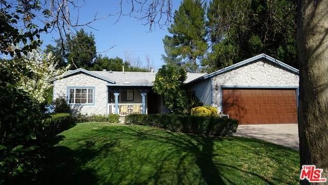 24413 Shadeland Drive, Newhall, CA 91321 (#20553680) :: The Bashe Team