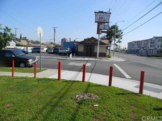3331 W 1st Street, Santa Ana, CA 92703 (#PW20032029) :: Crudo & Associates