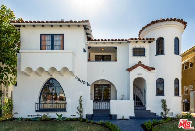 2900 W 43RD Place, Los Angeles (City), CA 90008 (#20553698) :: The Costantino Group | Cal American Homes and Realty